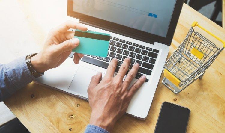 '5 Yılda E-ticaretin Payı Yüzde 50'ye Ulaşabilir'